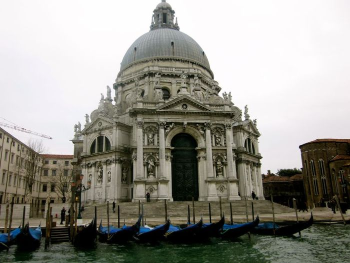 Negin Azimi Venedig