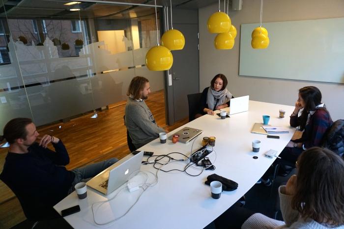 Negin Azimi- Sveriges ungdomsråd-TEDx-Stockholm-Entreprenör