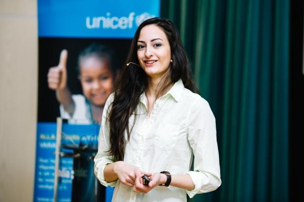 Negin Azimi-Unicef-fotoLinda Svensson